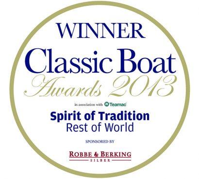 Morris M52 Wins Classic Boat Awards!