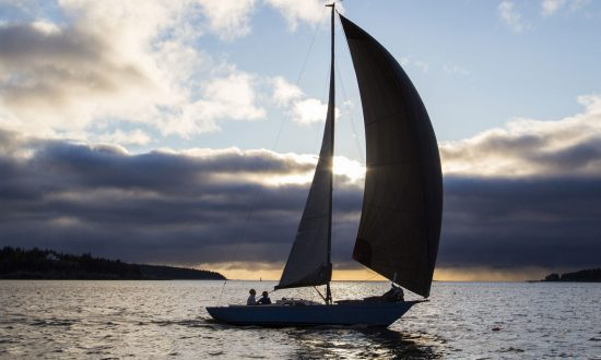 Watching This Video Of An M29 Sailing Under Sunny Skies Is A Sure Cure For The Winter-Blahhhs